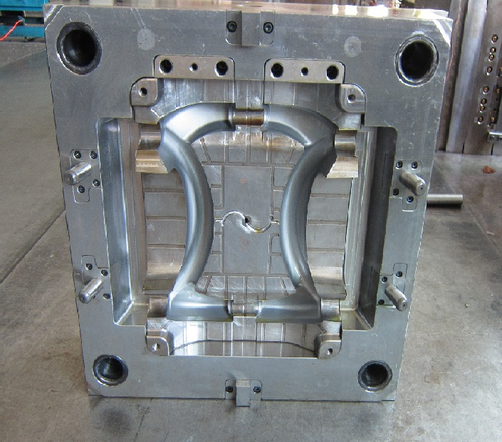 Injection mould for Advanced molding decoration