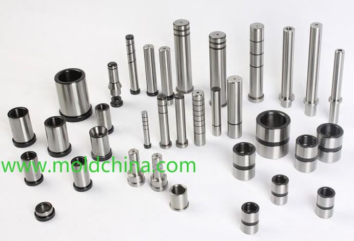Guide pins for plastic injection mold